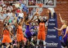 WNBA - CT Sun 72 vs. LA Sparks 77 (14)