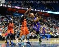 WNBA - CT Sun 72 vs. LA Sparks 77 (44)