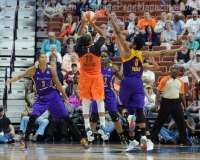 WNBA - CT Sun 72 vs. LA Sparks 77 (63)