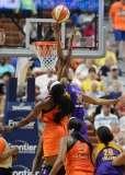 WNBA Connecticut Sun 92 vs Los Angeles Sparks 98 - (41)
