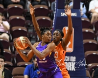 WNBA - Connecticut Sun 102 vs. Los Angeles Sparks 94 (19)