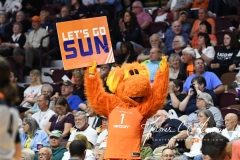 WNBA - Connecticut Sun 102 vs. Los Angeles Sparks 94 (2)