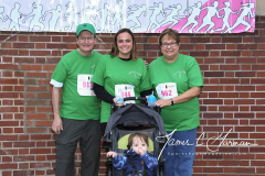 2018 Pounding the Pavement for Pink 5K - Team Photos (32)