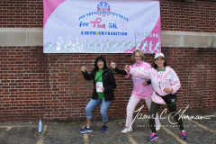 2018 Pounding the Pavement for Pink 5K - Team Photos (33)