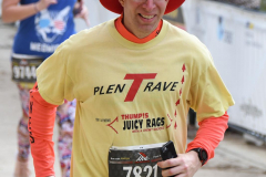 43rd Marine Corps Marathon - Finish Line - Gallery 1 (80)