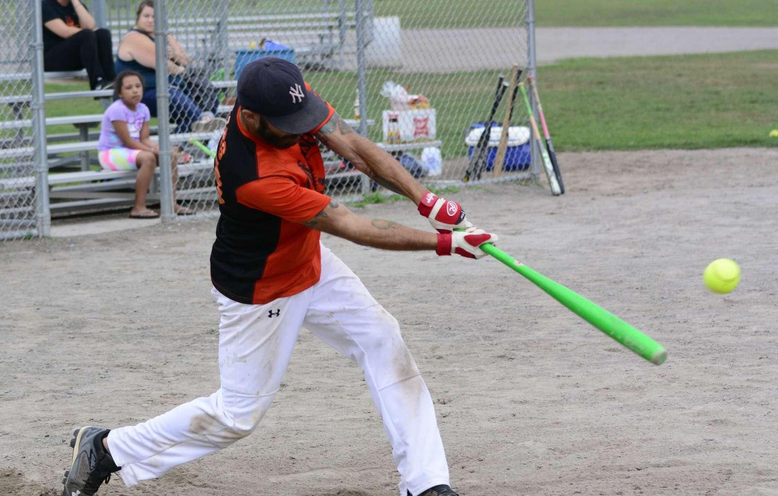 baseball v s softball