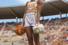 Gallery NCAA Cheerleading: Gameday with the Tennessee Volunteers Cheerleading Team (revisit)