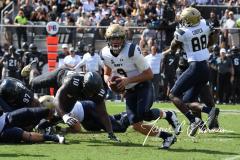 NCAA Football - Central Florida 35 vs. Navy 24 (80)