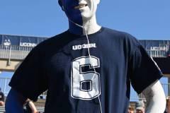 NCAA-Football-Connecticut-24-vs.-Illinois-31-4