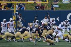 NCAA Football - Navy 28 vs UConn 24 (25)