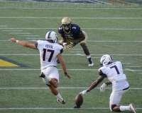 NCAA Football - Navy 28 vs UConn 24 (81)