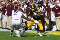 NCAA Football - Outback Bowl - Iowa 27 vs. Mississippi State 22 (130)