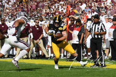 NCAA Football - Outback Bowl - Iowa 27 vs. Mississippi State 22 (133)
