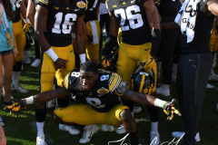 NCAA Football - Outback Bowl - Iowa 27 vs. Mississippi State 22 (169)