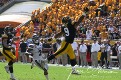 NCAA Football - Outback Bowl - Iowa 27 vs. Mississippi State 22 (81)