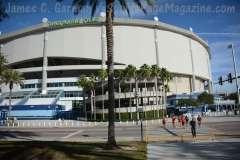 NCAA Football St. Petersburg Bowl - Mississppi State 17 vs. Miami of Ohio 16 - Gallery 1 - Photo (1)