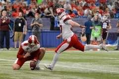 NCAA Football St. Petersburg Bowl - Mississppi State 17 vs. Miami of Ohio 16 - Gallery 1 - Photo (25)