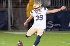 20191101-NCAA-Football-UConn-10-vs-Navy-56-2