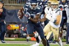 20191101-NCAA-Football-UConn-10-vs-Navy-56-32