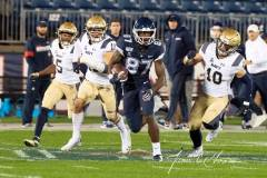 20191101-NCAA-Football-UConn-10-vs-Navy-56-33