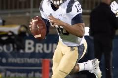 20191101-NCAA-Football-UConn-10-vs-Navy-56-49
