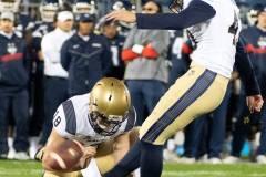 20191101-NCAA-Football-UConn-10-vs-Navy-56-50