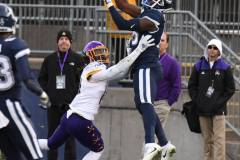 NCAA-Football-UConn-24-vs.-ECU-31-162