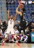 NCAA Men's Basketball - AAC Tournament QF's - #2 Cincinnati 80 vs. #7 Tulsa 61 (33)