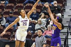 NCAA Women's Basketball AAC Tournament Quarterfinals - #1 UConn 92 vs. 8 ECU 65 (85)
