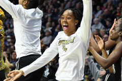 NCAA Women's Basketball AAC Championship - #1 UConn 66 vs. #2 UCF 45 (100)