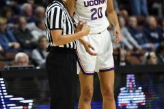 NCAA Women's Basketball AAC Tournament Semifinals - #1 UConn 81 vs. #5 USF 45 (40)