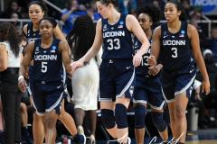 NCAA Women's Basketball Albany Regional Finals - #1 Louisville 73 vs. #2 UConn 80 (124)