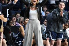 NCAA Women's Basketball Albany Regional Finals - #1 Louisville 73 vs. #2 UConn 80 (147)