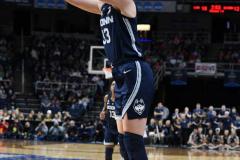 NCAA Women's Basketball Albany Regional Finals - #1 Louisville 73 vs. #2 UConn 80 (46)