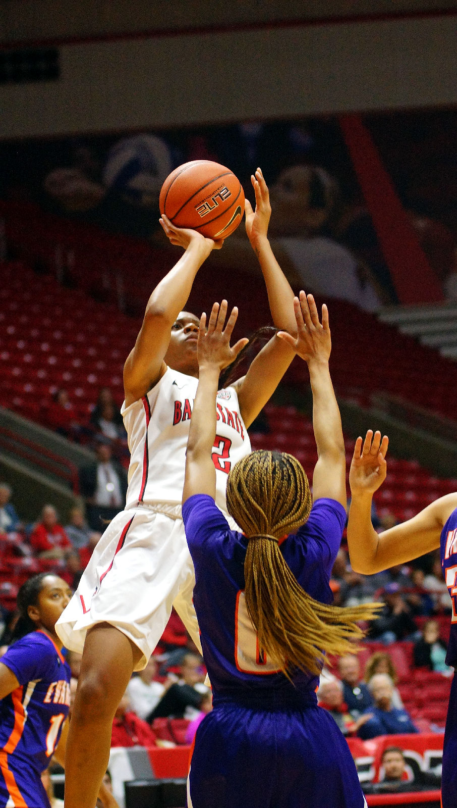basketball ball state ncaa vs evansville womens sports related items indiana arena magazine muncie morrison williams