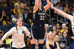NCAA Women's Basketball FInal Four National Semi-Finals - Notre Dame 81 vs UConn 76 (124)