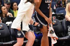 NCAA Women's Basketball FInal Four National Semi-Finals - Notre Dame 81 vs UConn 76 (125)