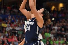 NCAA Women's Basketball FInal Four National Semi-Finals - Notre Dame 81 vs UConn 76 (159)