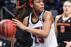 NCAA Women's Basketball Sweet Sixteen - #1 Louisville 61 vs. #4 Oregon St 44 (28)