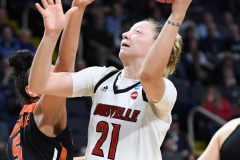 NCAA Women's Basketball Sweet Sixteen - #1 Louisville 61 vs. #4 Oregon St 44 (49)