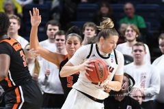 NCAA Women's Basketball Sweet Sixteen - #1 Louisville 61 vs. #4 Oregon St 44 (62)