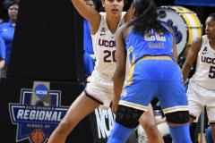 NCAA Women's Basketball Sweet Sixteen - #2 UConn 69 vs. #4 UCLA 61 (124)
