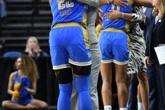 NCAA Women's Basketball Sweet Sixteen - #2 UConn 69 vs. #4 UCLA 61 (147)