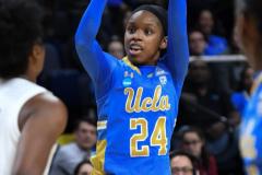 NCAA Women's Basketball Sweet Sixteen - #2 UConn 69 vs. #4 UCLA 61 (45)