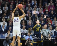 NCAA Women's Basketball Tournament 2nd Round - #1 UConn 71 vs. #9 Quinnipiac 46 (120)