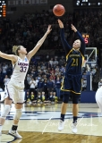 NCAA Women's Basketball Tournament 2nd Round - #1 UConn 71 vs. #9 Quinnipiac 46 (30)