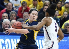 NCAA Women's Basketball Tournament 2nd Round - #1 UConn 71 vs. #9 Quinnipiac 46 (39)