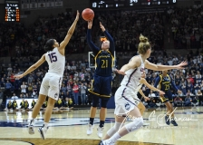 NCAA Women's Basketball Tournament 2nd Round - #1 UConn 71 vs. #9 Quinnipiac 46 (43)