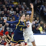 NCAA Women's Basketball Tournament 2nd Round - #1 UConn 71 vs. #9 Quinnipiac 46 (65)
