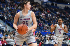 NCAA Women's Basketball - UConn Huskies 102 vs. Memphis Tigers 45 (127)